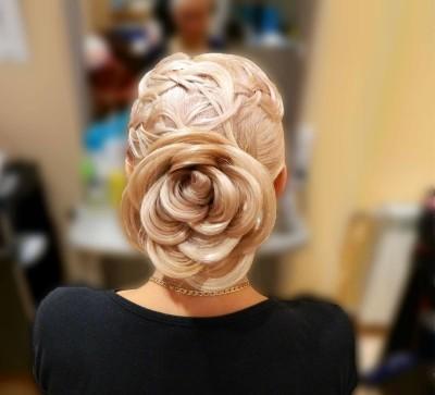 Как сделать цветок из волос: крайне привлекательная причёска