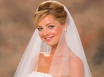 Свадебные прически делятся на несколько типов