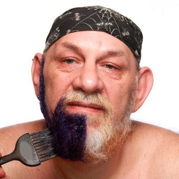 Окрашивание бороды стойкой краской