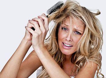Выпадение волос: причины и методы борьбы